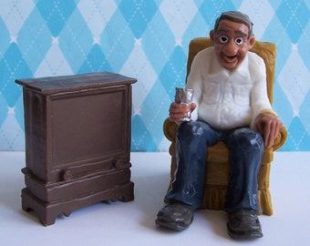 WILTON Man Watching TV  Cake Topper Vntg 1979 Still in Original Packsge