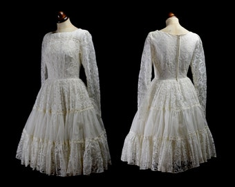 Original Vintage 1950s Ivory Lace Short Wedding Dress - Small - FREE SHIPPING WORLDWIDE