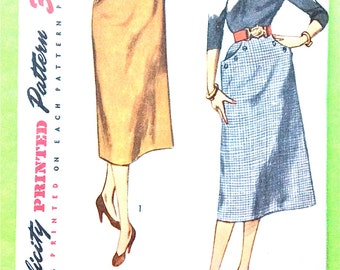 Simplicity 3983 1950s Simple to Make 50s Skirt Pattern Pocket Interest Vintage Sewing Pattern Waist 28 Hip 37 inches