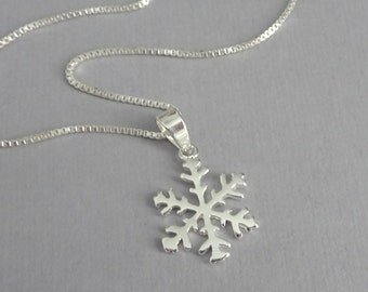 Sterling Silver Snowflake Necklace, Winter Necklace Christmas Necklace Winter Wedding Bridesmaid Necklace Flower Girl Necklace, Gift for Her