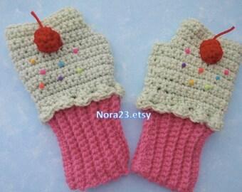 crochet  mittens fingerless  gloves  cupcake  strawberry  white  sweet  pink adult women.