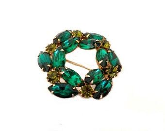 Vintage Emerald Green Brooch, Green Rhinestone Brooch, 1950s Costume Jewelry, Jewelry Accessories, Dressy Brooch, Bling Jewelry