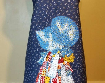 Mommy and Me Vintage Holly Hobbie Reversible Apron Set