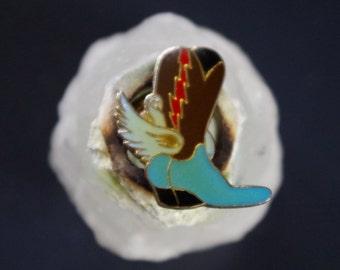 Vintage cowboy boot enamel pin