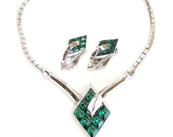 Trifari 1951 Emerald Green Art Deco Style Necklace and Earrings Demi