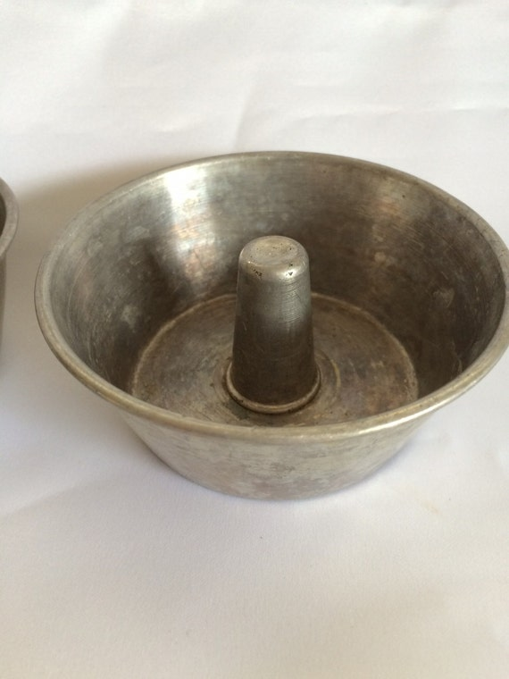 Set of 6 Mini Tube Cake Pans from ContemporaryVintage on ...