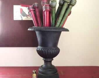 Vintage urn Vintage iron urn Cast iron urn Urn planter Fluted urn Iron planter Small urn Metal urn Antique black urn Tabletop urn Inside urn