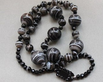 Long Antique Victorian Banded Agate Graduated Necklace with Jeweled Mourning Clasp