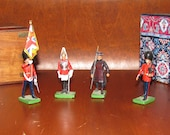 Hand-painted miniature British toy soldiers
