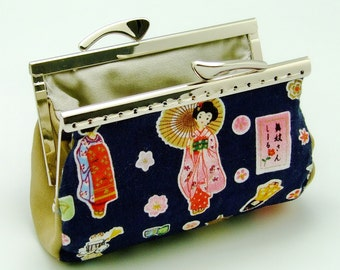 SALE - Japan Geisha - Small clutch / Coin purse (S-257) R1