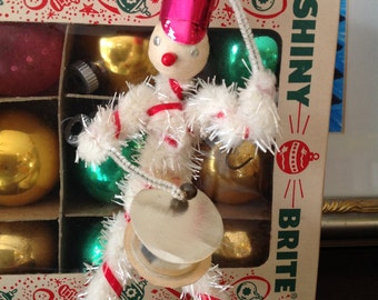 Vintage Christmas Decoration Drummer Pipe Cleaner Spun Head