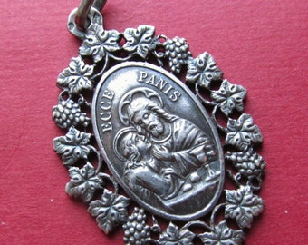 Jesus Antique Communion French Silver Religious Medal Communion Catholic Grape Leaf Border Pendant Jewelry  SS442