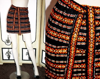 Vintage 70's Mini Skirt in Orange and Black Woven Yarn with Belt.