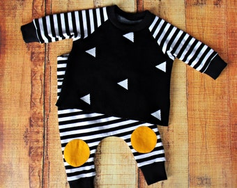 SALE!! 15% OFF - Geometric Baby Outfit - TheLittleRoosterShop - Flat Rate Shipping!