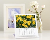 2017 Calendar, Garden Flowers Photography 2017 Desk Calendar with cd case easel, nature photo floral art monthly calender, office decor
