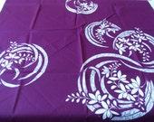 Purple Furoshiki With White Ornamental Flower Design Wrapping Cloth 一