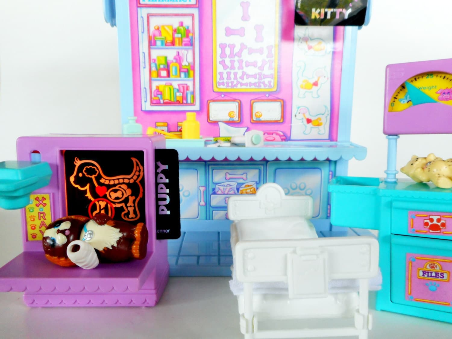 vintage littlest pet shop care center playset by by 2bcre8iv