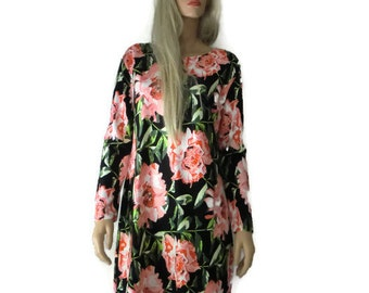 Floral dress-Long sleeved winter dress-Soft and stretchy- gorgeous material and design-Wardrobe stapler-Size medium to Large