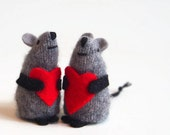 One Toy mouse,valentine toy, valentine mouse, valentine gift, child's valentine, red heart toy, waldorf mouse, miniature mouse,