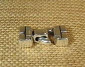 25% OFF Brickwork Toggle Clasps for 10mm Flat Leather - Antique Silver - Choose Your Quantity