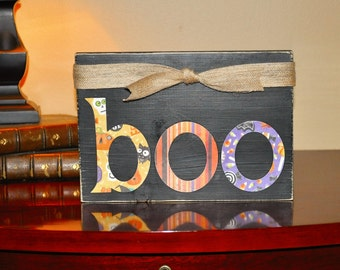 Wood Wall Sign, BOO Sign, Black Chalk Paint Wood Sign, Wall Hanging, 8x5.5 inch Wood Sign,Wall Hanging, Home Decor, Halloween Decoration