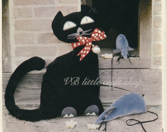 Cat and mouse sewing pattern. Instant PDF download!