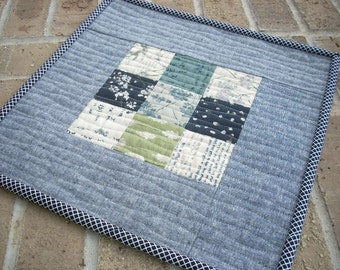 the wordsmith mini quilt snack mat - FREE SHIPPING