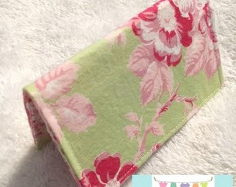 Green Shabby Card Holder
