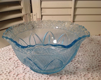 Aqua Colored Bowl Vintage ~ Scalloped Edged Bowl Pretty Design ~ Vintage Aqua Colored Glassware ~ Serving Bowl ~ Candy Dish ~ Gift For Her