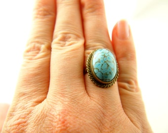 Czech Glass Ring - Vintage