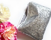 Personalized Bridesmaid Gift Idea for Her Monogram Clutch Set Purse Custom Wedding Pouch Glitter Faux Leather Metallic Makeup Cosmetic Bag