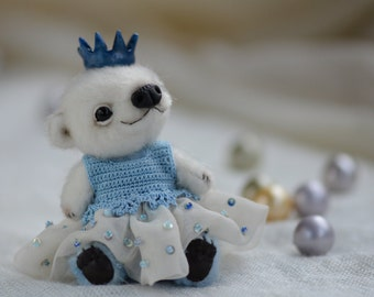 Lorraine - artist miniature mini micro bear by TSminibears