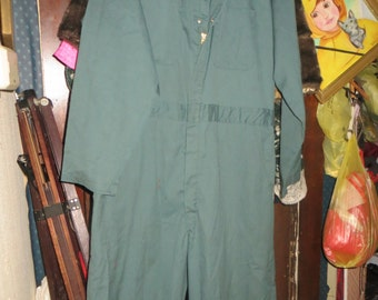 Vintage RED cAP workwear  GREEN  WORKWEAR coveralls jumpsuit sz  44