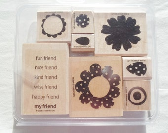 Stampin UP  8 Wood Mounted Rubber Stamps  Polka Dot Posies set in Original Clamshell