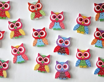 10 pcs wood buttons - Owl - gift wrapping - craft supplies - sewing and scrapbooking - 3.5 cm x 2.8 cm - ready to ship