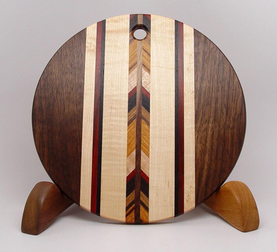 wood cutting board walnut 8 round r. Black Bedroom Furniture Sets. Home Design Ideas