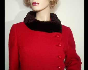 1950s 1960s cranberry red wool fitted jacket coat ~ 8 Medium ~ scalloped front ~ black fur collar ~ Monsieur Dave of D'Aillards ~ Canada