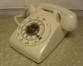 Vintage 1970's  AT & T  Rotary Telephone  500 DM   Working