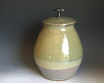 Hand thrown stoneware pottery lidded jar      (LJ-20)