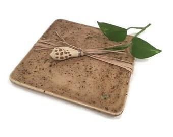 Ceramic Platter with Seashell Speader