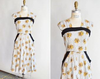 Vintage 1950s PRINCESS PEGGY starburst day dress