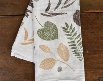 Leaf Pile Kitchen Towel : Flour Sack Cotton Tea Towel