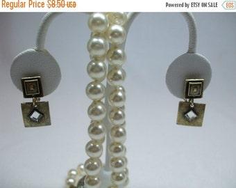 ON SALE 20% OFF Vintage Contemporary Rhinestone Dangle Earrings