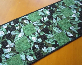 Quilted Table Runner, Table Runner Leaves, Green Black Runner, Table Decor, Home Decor, Table Linen, Handmade Runner, Table Quilt