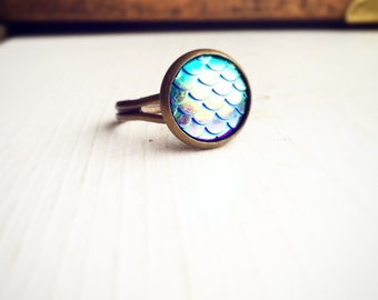 Mermaid Tail Ring / Dragon Scale Blue Iridescence Adjustable Dragonscale Siren Renaissance Faire Costume Bridesmaid Group Bachelorette Party