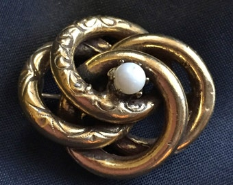 Victorian Revival Brooch Love Knot with Pearl