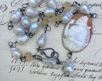 GODDESS - Beautiful Baroque Pearl Necklace with Stunnung Carved Cameo and Pearl Drop