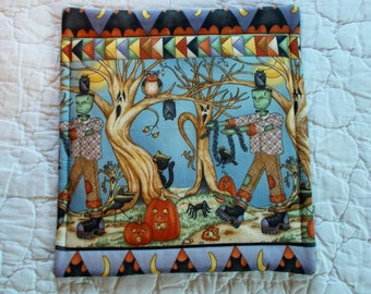 Halloween Quilted Hot Pad /Pot Holder/mini quilt