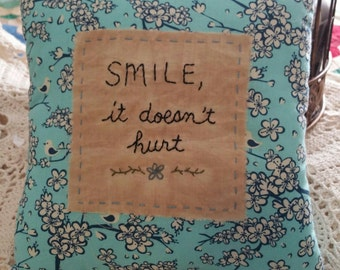 Prim Stitchery Smile Pillow