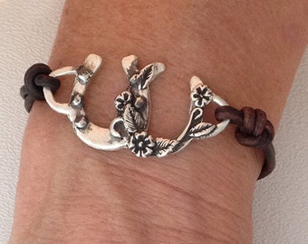 Double Horseshoe bracelet with Floral accents, cowgirl jewelry, horse lover jewelry, horse and rider jewelry